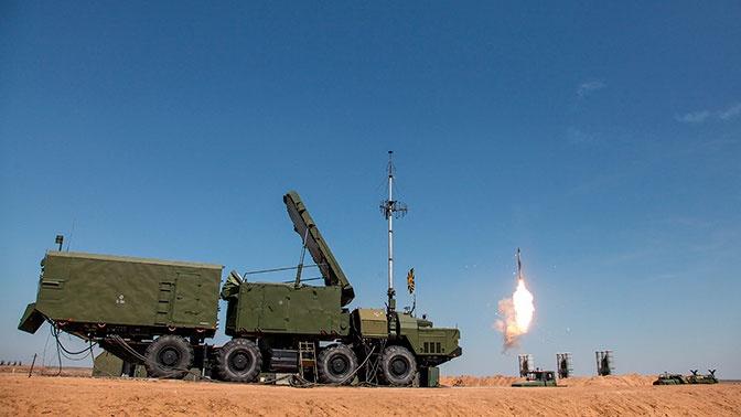 Двусторонние учения сил авиации ПВО и ЮВО прошли в небе над Крымом