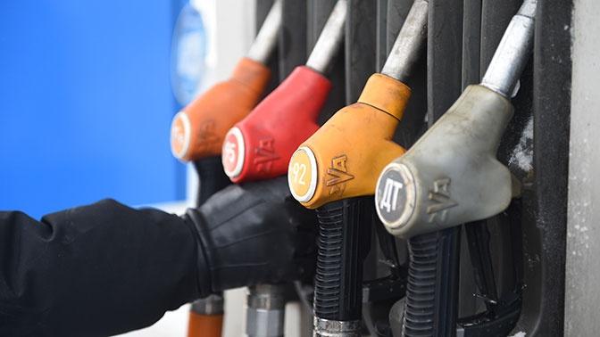 В Минэнерго прокомментировали возможное падение цен на бензин