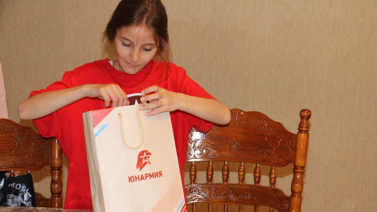 Общее дело: юнармейцы Ингушетии сшили маски для врачей и волонтеров