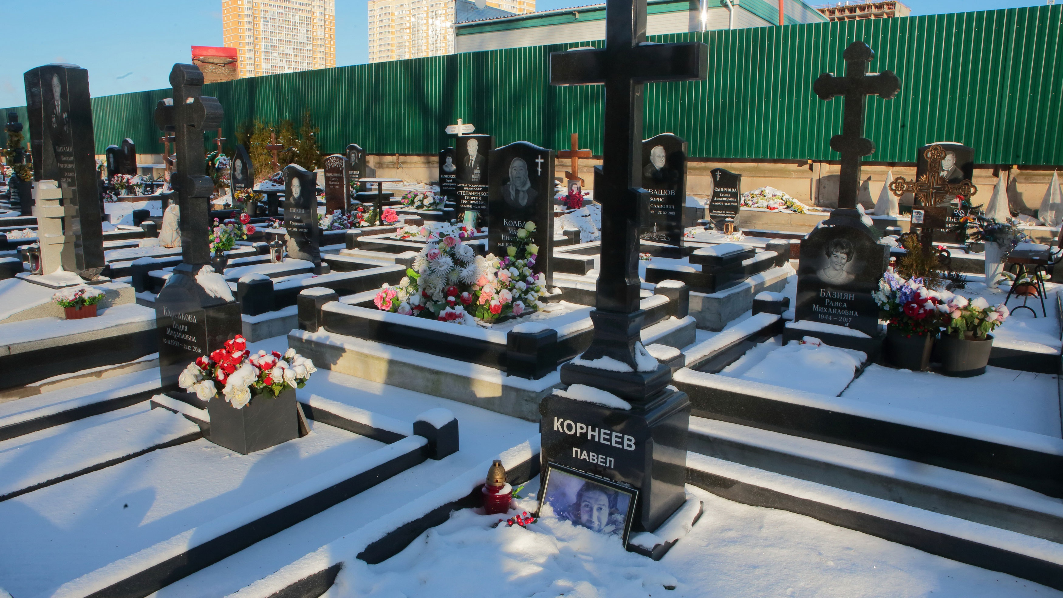 Московские кладбища закрыли для посещений из-за коронавируса