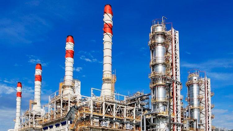 Нефть подешевела на фоне переговоров по новой сделке ОПЕК+
