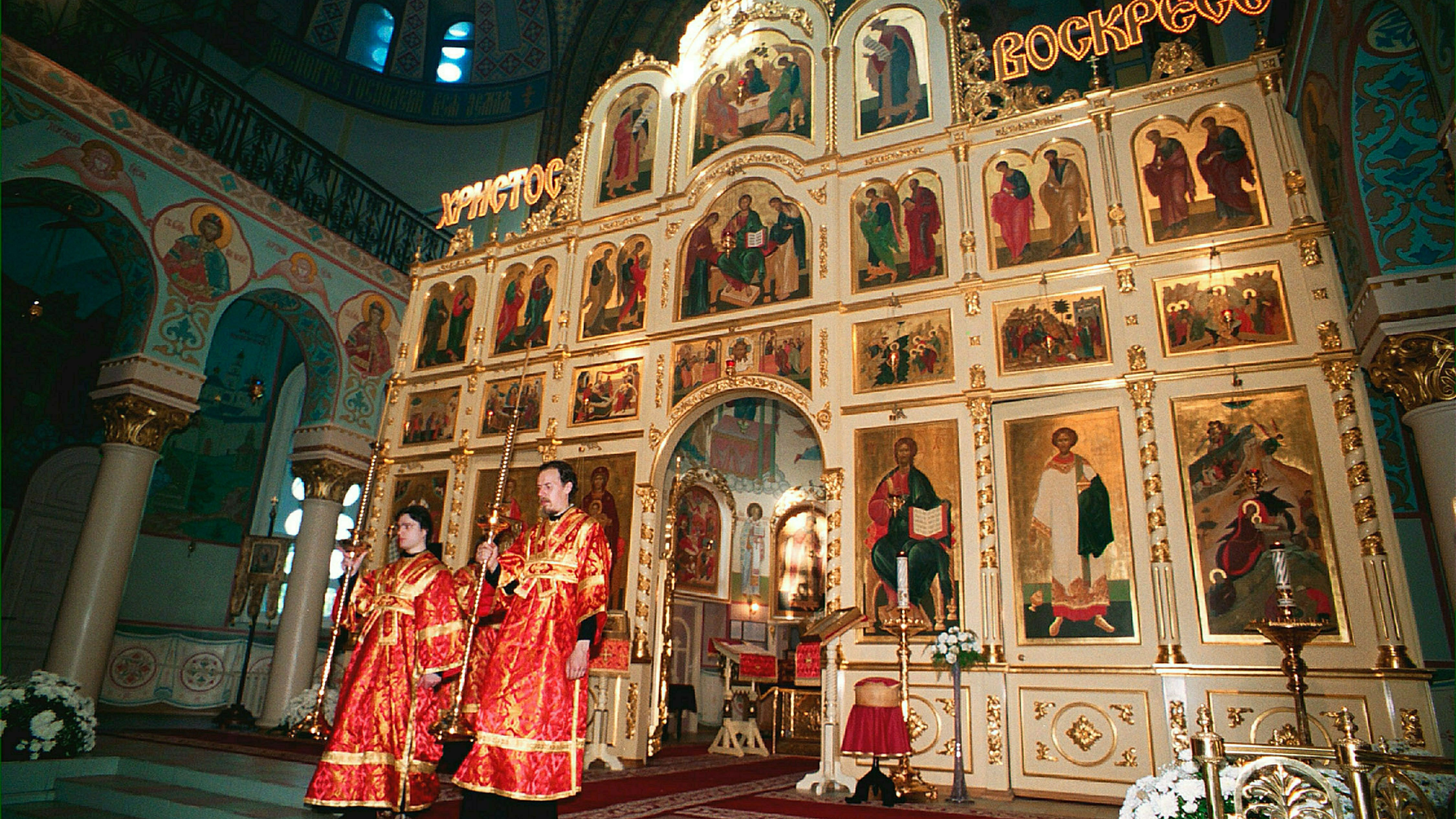РПЦ допустила посещение храмов прихожанами на Пасху