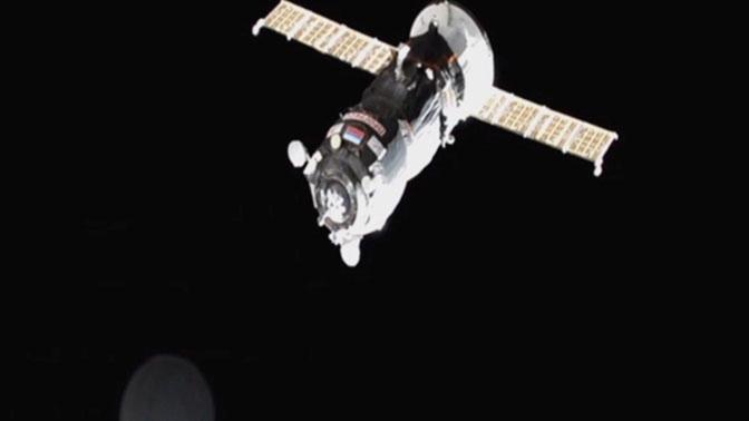 Российские ученые запатентовали силовое поле для защиты космонавтов от радиации