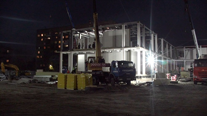 Выполнить точно в срок: еще 228 строителей присоединились к возведению военного госпиталя в Оренбурге