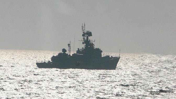 Малые противолодочные корабли ТОФ атаковали бомбами подлодку «противника» в Тихом океане