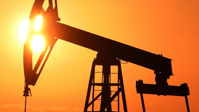 Цена нефти WTI упала до доллара за баррель