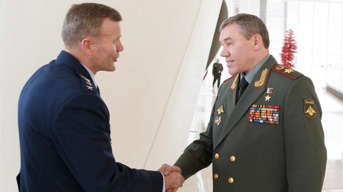 Начальник ГШ ВС РФ провел телефонный разговор с главнокомандующим силами НАТО