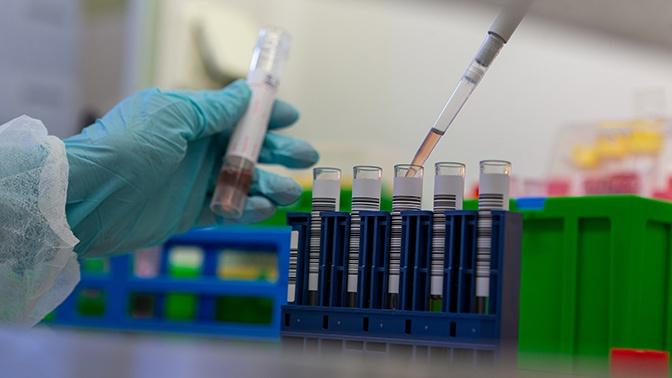 Директор НИИ Склифосовского назвал особенность коронавируса