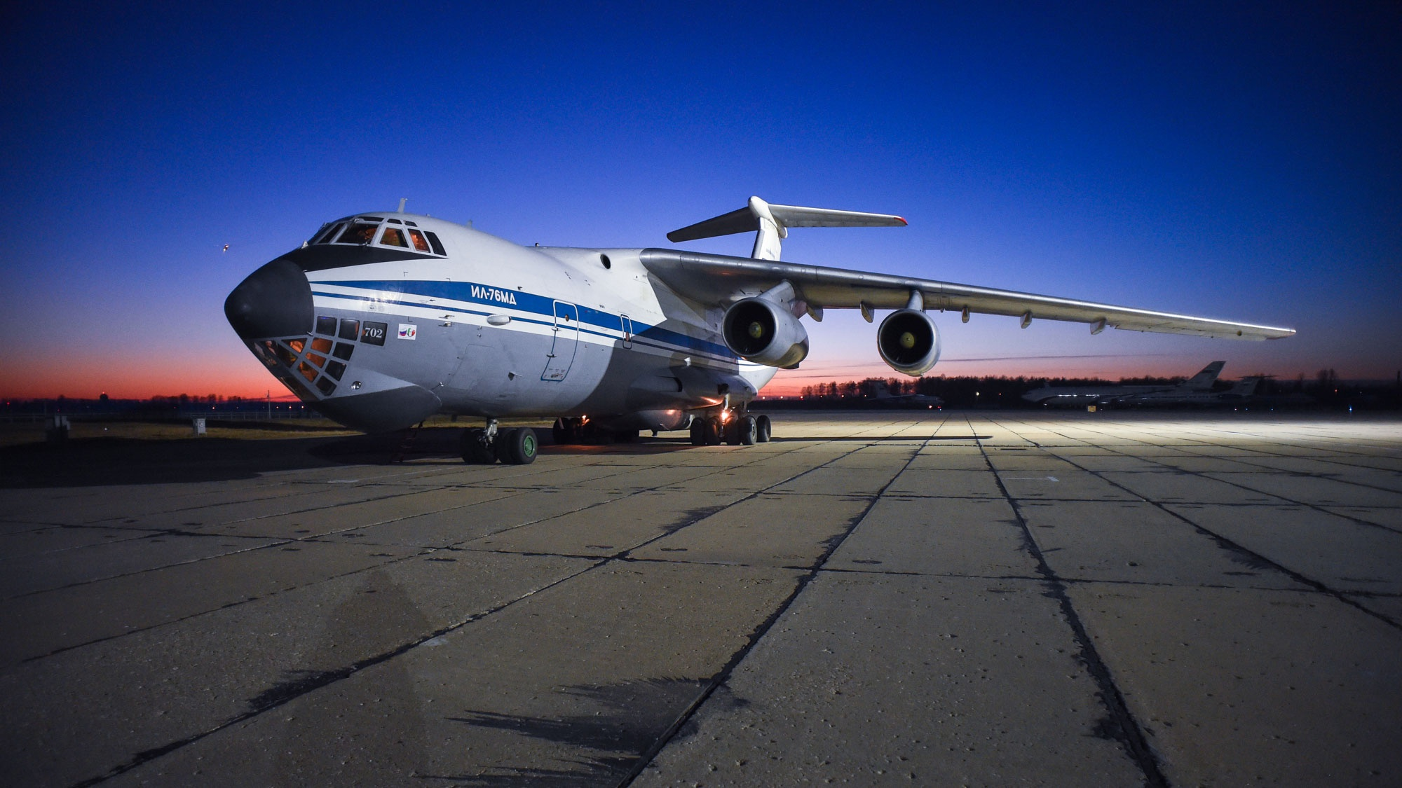 Шестой Ил-76 с российскими военными специалистами вылетел из Италии