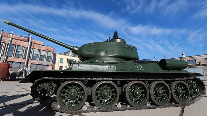 Путин поручил рассмотреть возможность передачи танка Т-34 из Лаоса Севастополю