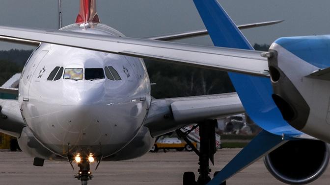 В Минтрансе объяснили неэффективность социального дистанцирования в самолетах