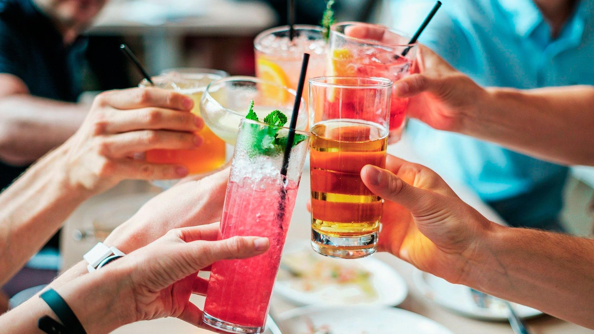 В Совфеде предложили увеличить минимальный возраст продажи алкоголя