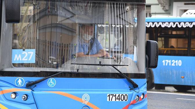 В Минтрансе дали рекомендации по частоте смены масок для пассажиров и работников общественного транспорта