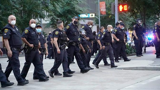 В Министерстве внутренней безопасности США нападение на полицию назвали терроризмом - ТРК Звезда Новости, 31.05.2020