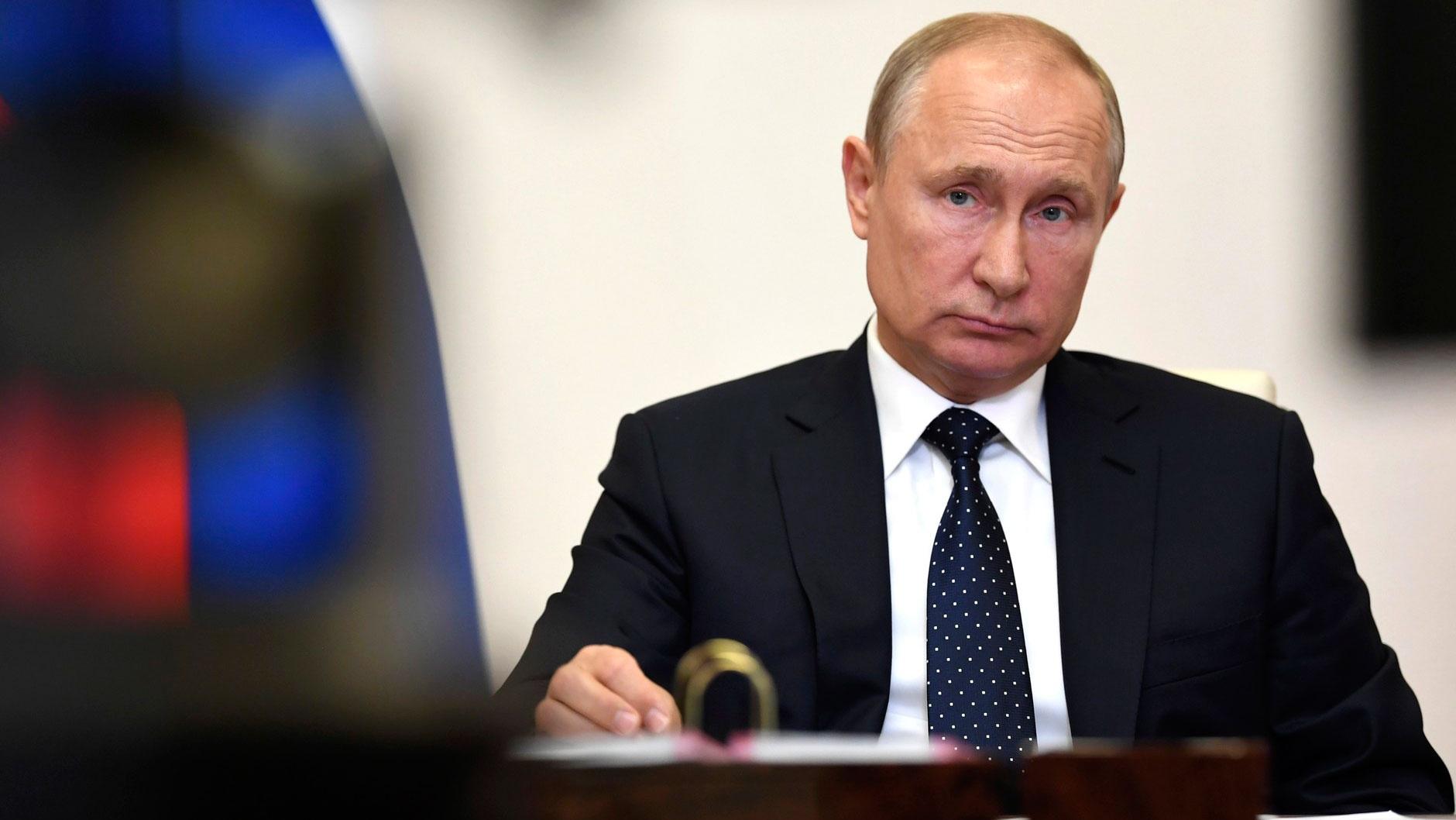 Путин разрешил награждать знаком отличия «За благодеяние» за волонтерство