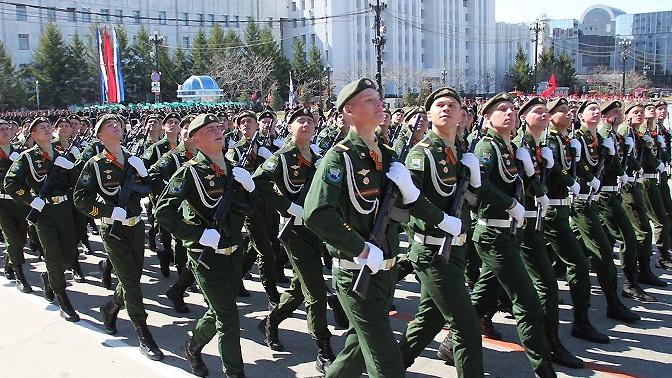 В Парадах Победы на территории ВВО примут участие более 12 тысяч человек