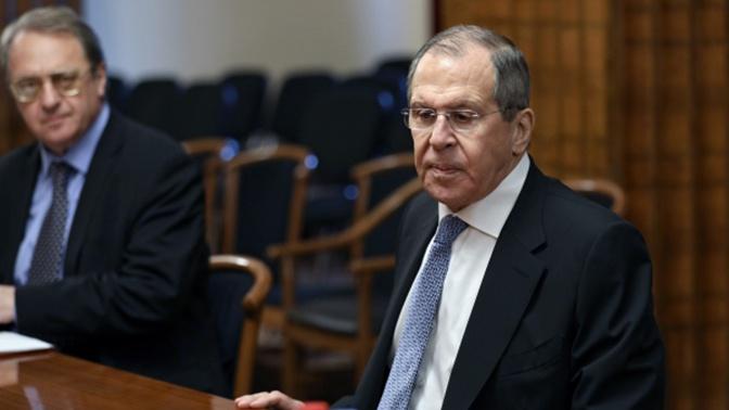 Лавров призвал к прекращению огня в Ливии