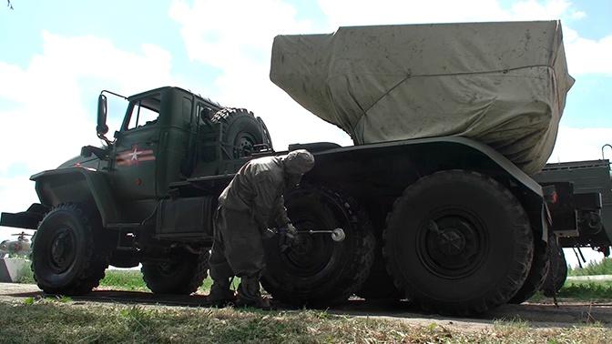 К Параду готовы: военные ЦВО провели масштабную дезинфекцию техники и площадок