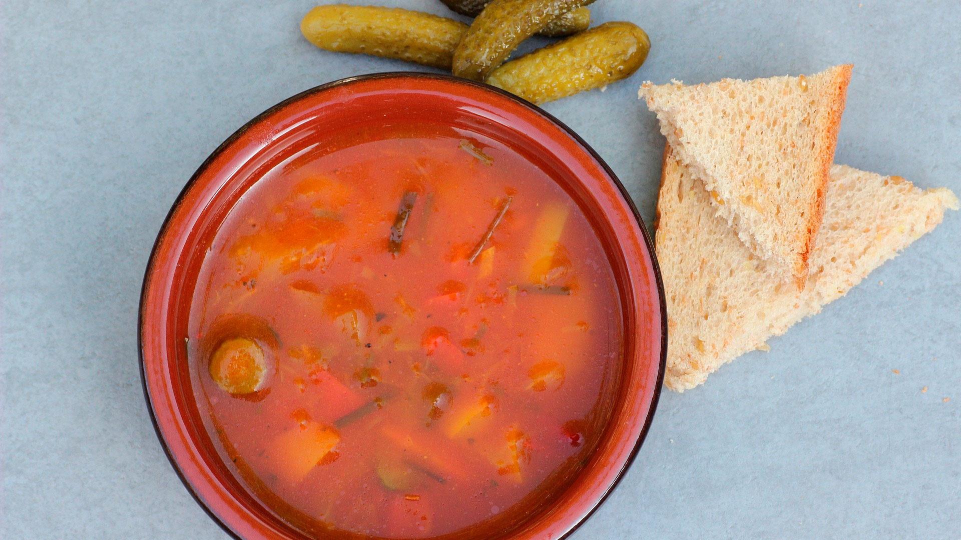 Диетолог назвала самый опасный для здоровья суп