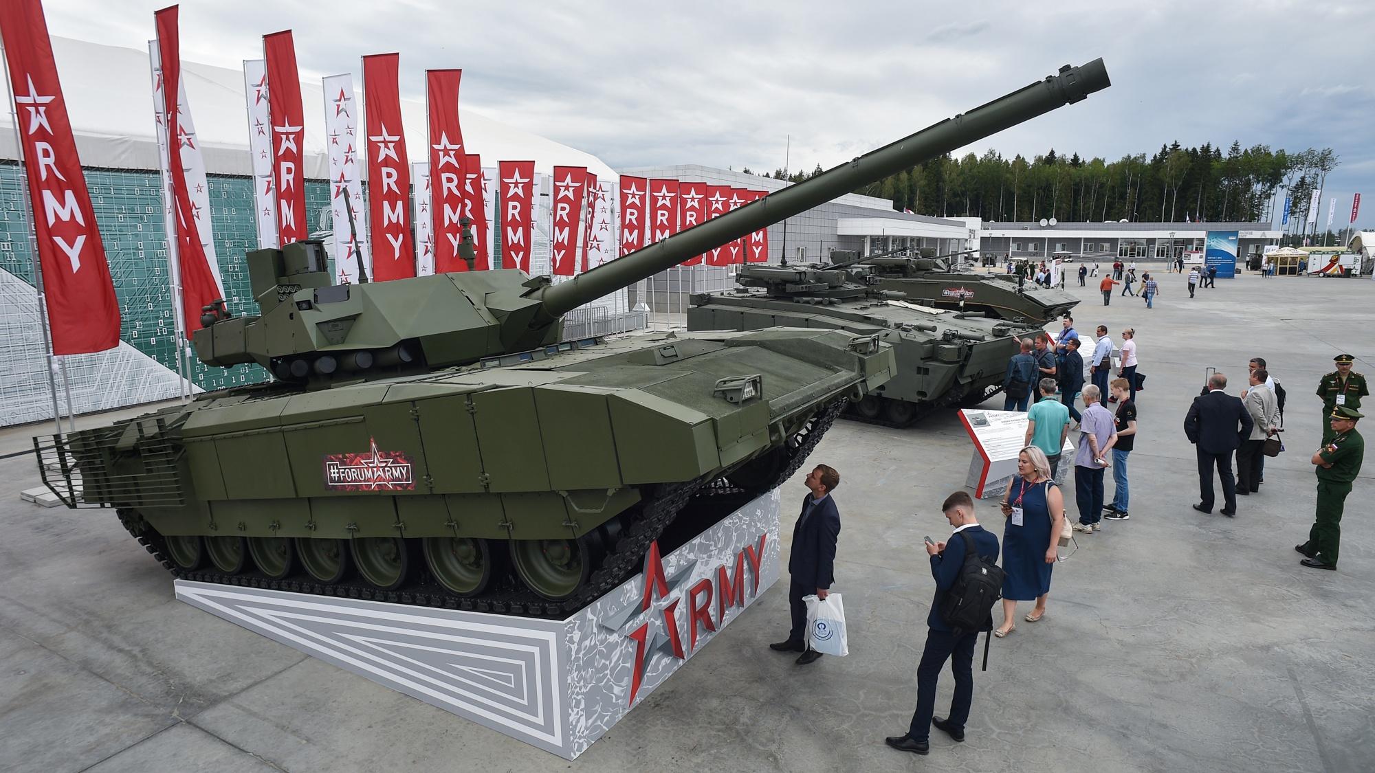 На форуме «Армия-2020» представят экспозицию из 23 танков и бронеавтомобилей