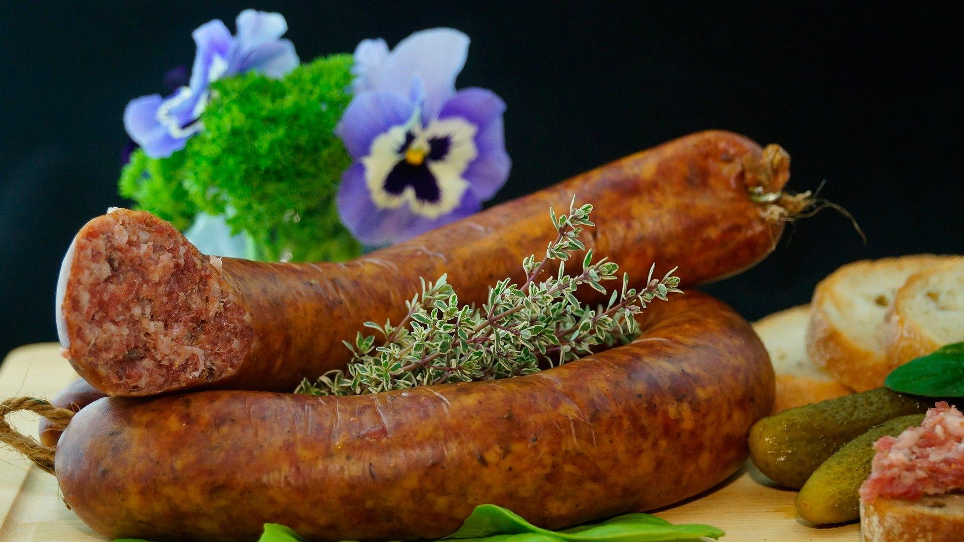 «Вы никогда не забудете ее вкус»: В Китае восхитились качеством российской колбасы