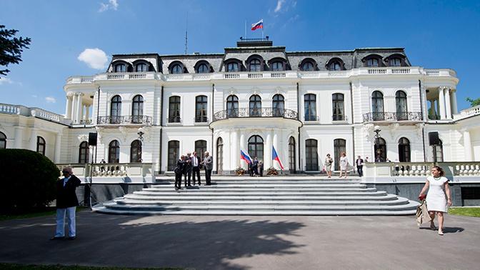 В МИД РФ заявили, что высылка российских дипломатов не отвечает внутренней повестке Чехии