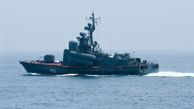 Большие десантные корабли ТОФ прибыли из Владивостока на Чукотку для учений