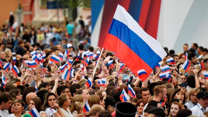 МЧС работает в режиме повышенной готовности в связи с празднованием Дня России