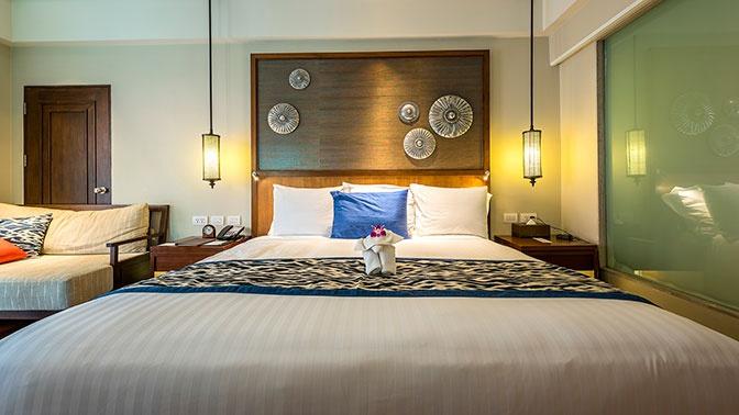 В Ростуризме уточнили правила заселения в гостиницы неженатых пар