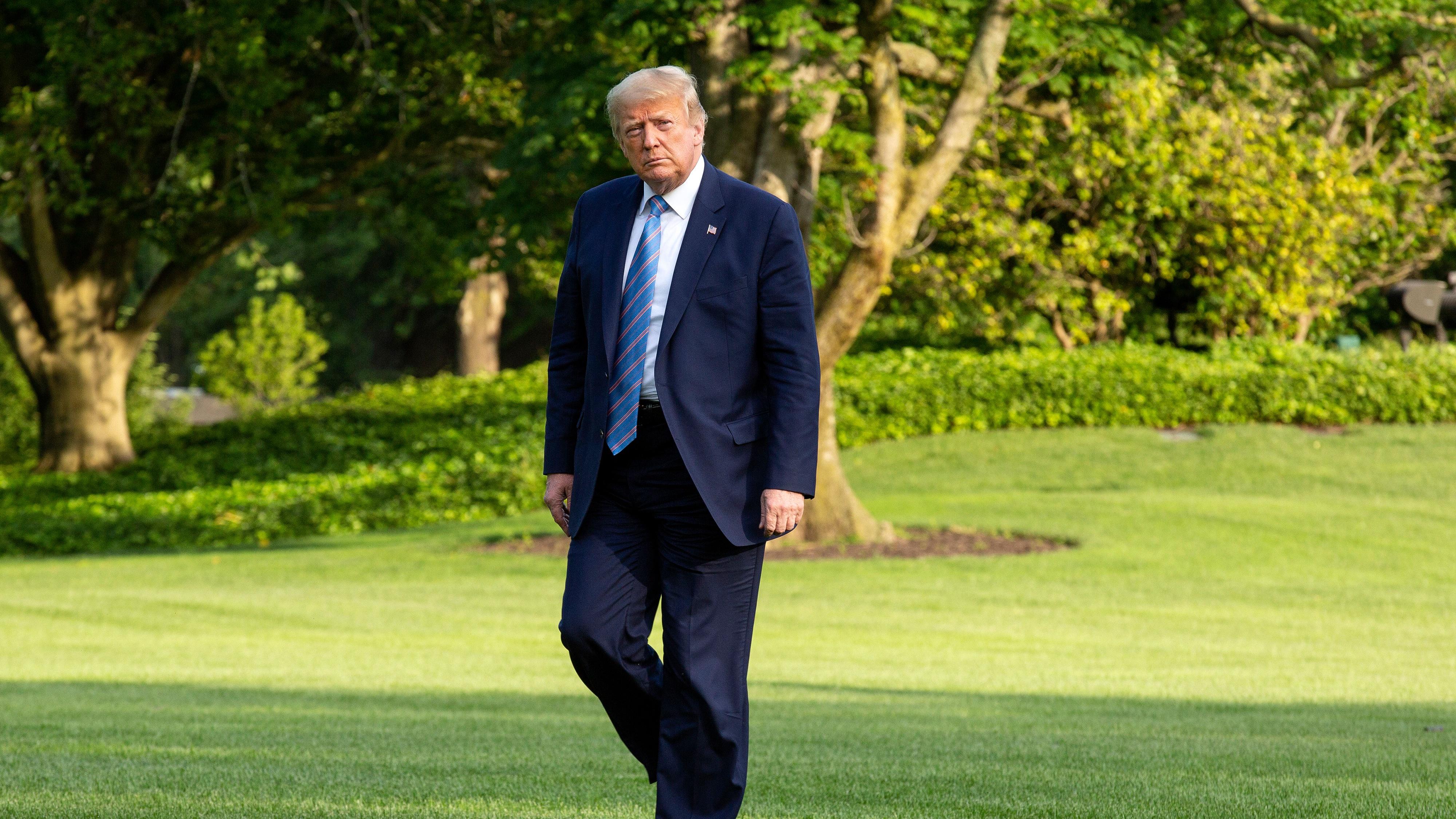 Племянница Трампа издаст книгу с «непристойными историями» о президенте