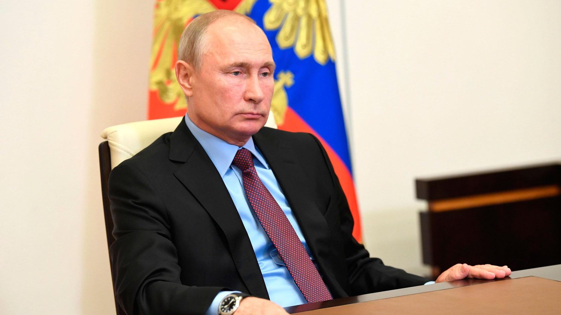 Путин прокомментировал рост безработицы в России на фоне пандемии