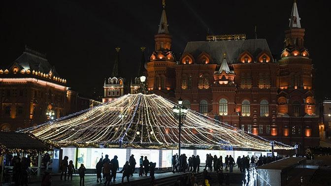 В Минтруде РФ оценили предложили сократить январские праздники
