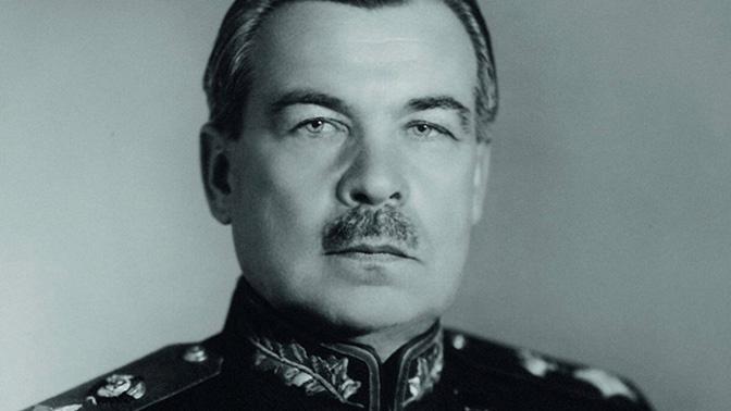 Фотография сделана в Ленинграде осенью 1945 года после вручения Говорову ордена Победы