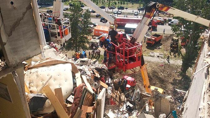 Число погибших в результате взрыва в жилом доме в Киеве возросло до трех