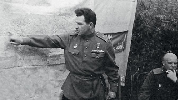 Командующий 8-й гвардейской армией Герой Советского Союза генерал-полковник В.И. Чуйков<figcaption class=