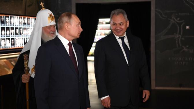 Путин осмотрел музейный комплекс «Дорога памяти» в парке «Патриот»