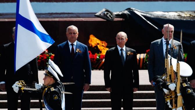 Путин поднял тост за ветеранов на приеме иностранных лидеров