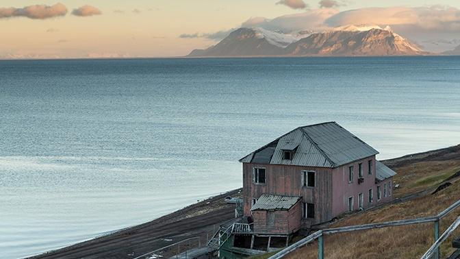 Моряки СФ обнаружили следы экспедиции XIX века в Арктике