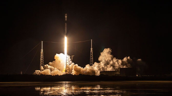 SpaceX перенесла на неопределенный срок запуск спутников Starlink