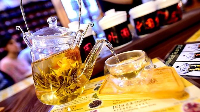 Врач опроверг популярные мифы о чае