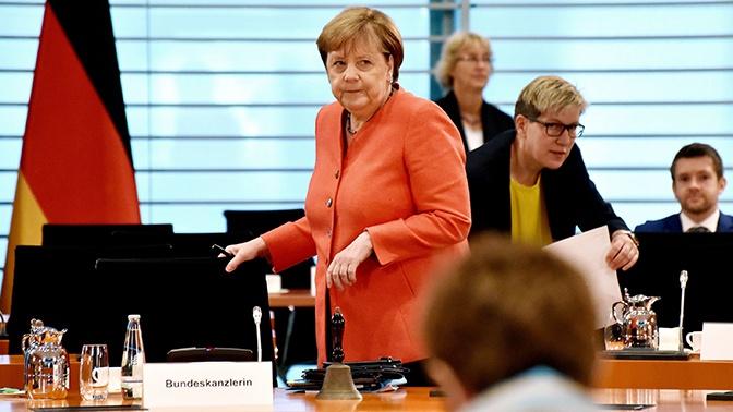 «Германия в двойственном положении»: в Госдуме ответили на заявление Меркель о диалоге с Россией