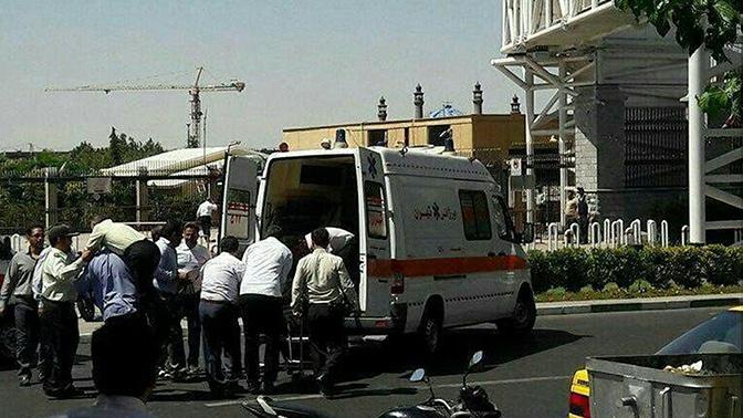 Тринадцать погибших: в медцентре Тегерана прогремел мощный взрыв