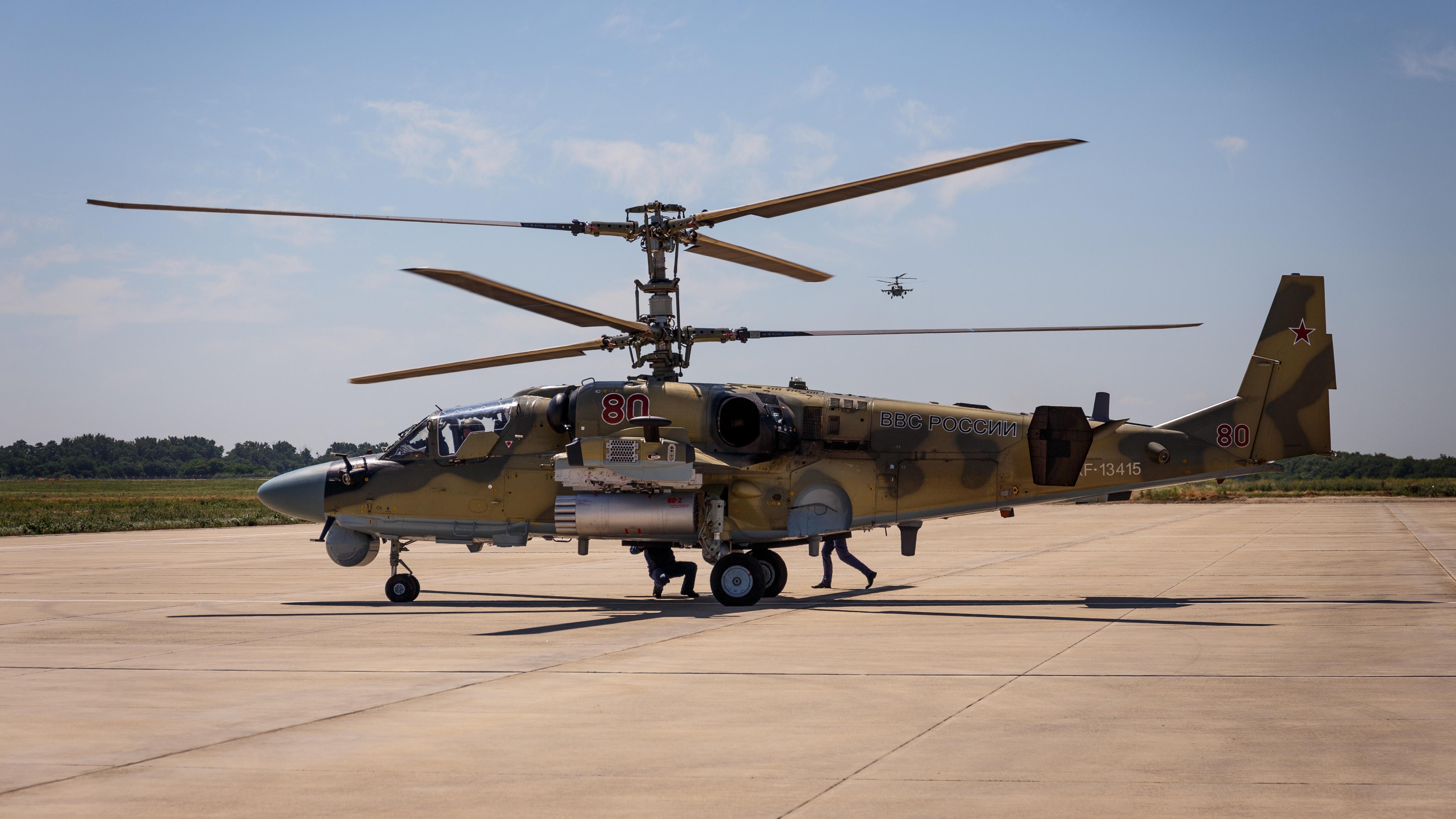 Ракетный удар: «Аллигаторы» и «Терминаторы» уничтожили самолеты «противника» на юге РФ