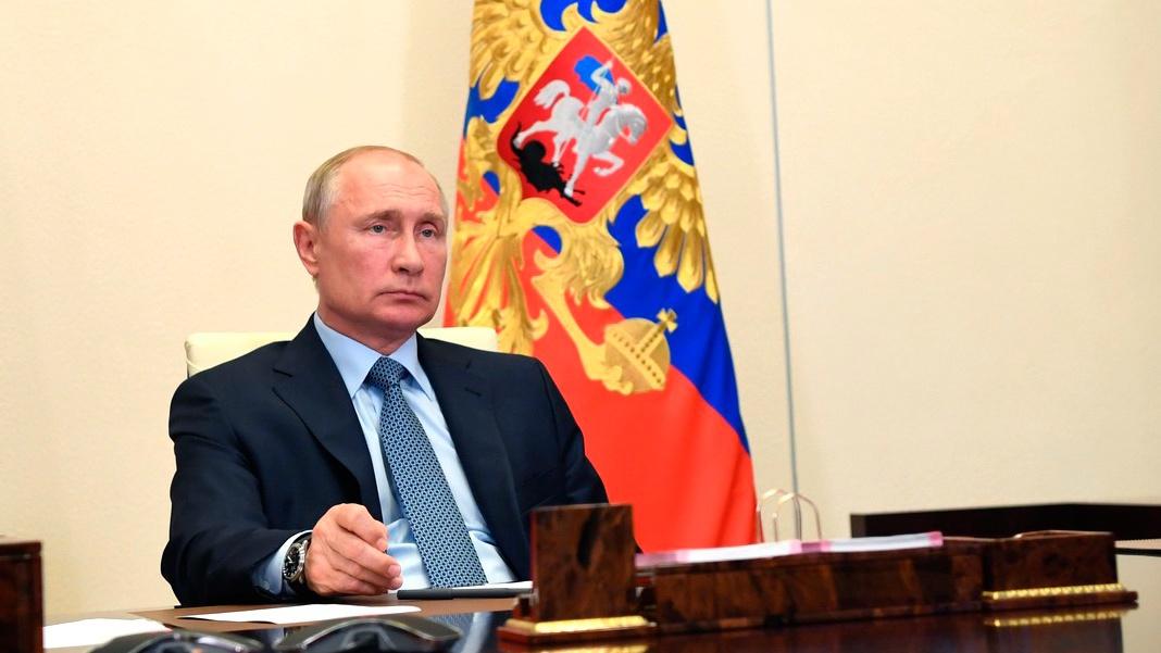 Путин назвал незаконными санкции США против Сирии