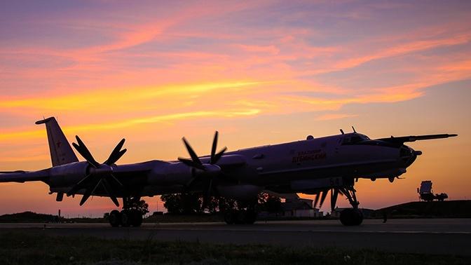 Ту-142 Северного флота выполнили 12-часовой полет над нейтральными водами трех морей