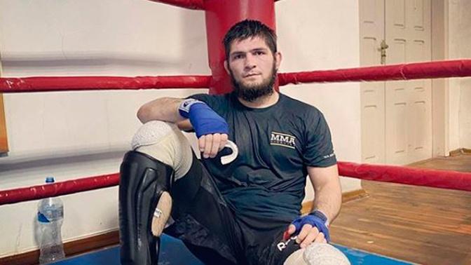 Нурмагомедов отменил онлайн-конференцию после смерти отца