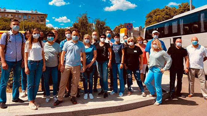 Врачи из Москвы прибыли в Алма-Ату для борьбы с коронавирусом