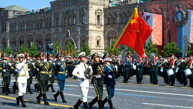 Путин поблагодарил Си Цзиньпина за направление делегации на Парад Победы