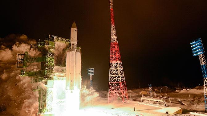 В Роскосмосе назвали сроки передачи военным тяжелой ракеты «Ангара-А5»