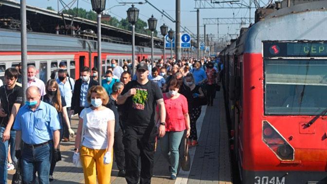За распитие спиртного россиян предложили лишать права проезда в поездах